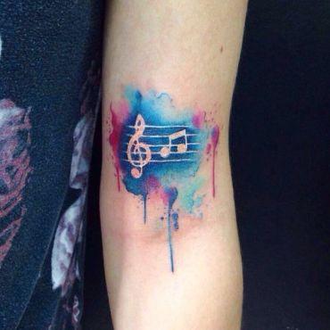 fascinating-colourful-watercolour-tattoo-ideas-2
